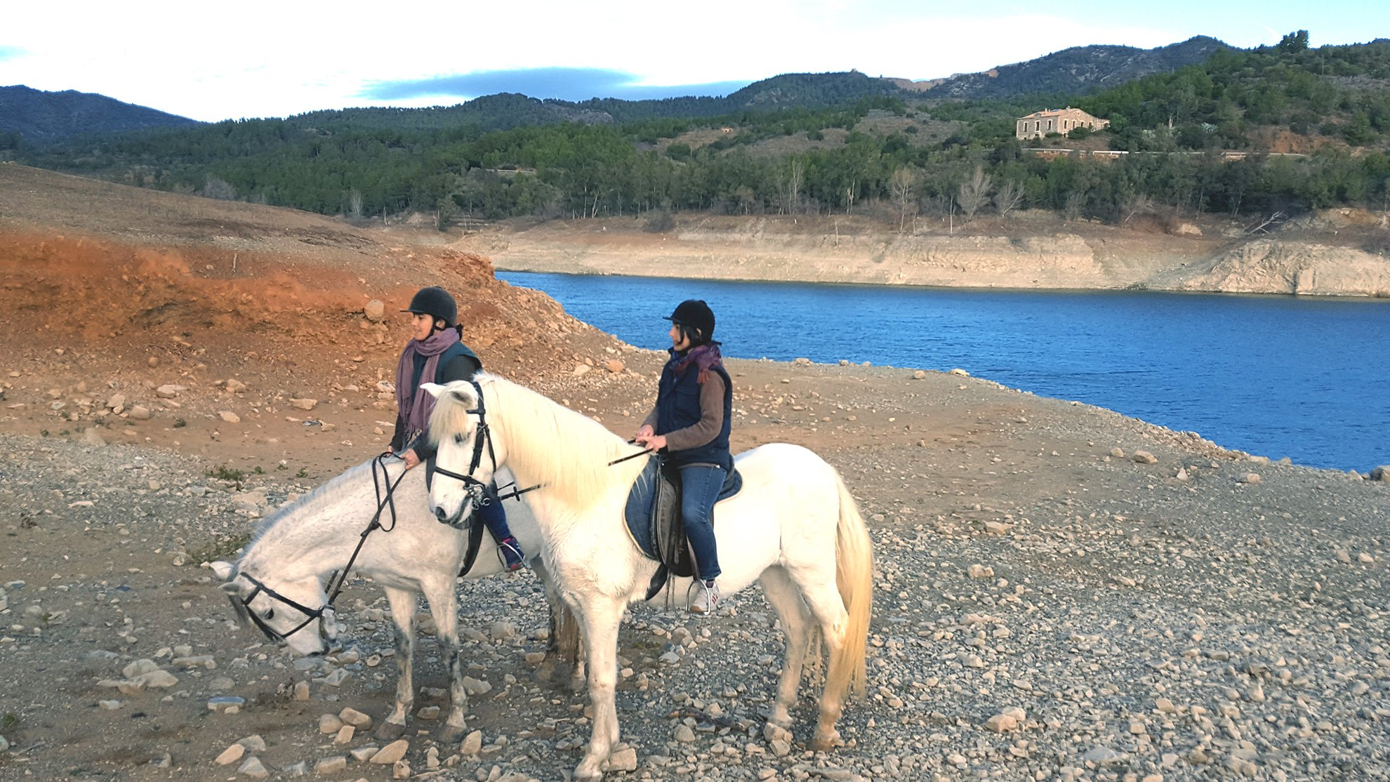 Horseriding excursion to the lake of Riudecanyes, Casa Vella in the background